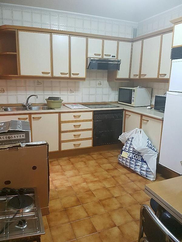 Piso en alquiler en calle Joaquin Manzanares, La Ería-Masip en Oviedo - 327581317