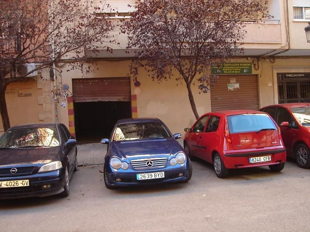 Local comercial en alquiler en calle Rio Bidasoa, Torrefiel en Valencia - 358858852