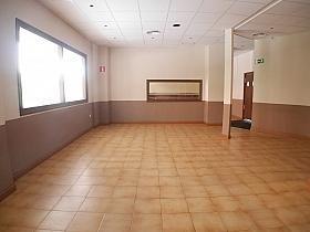 Local en alquiler en calle Buganvilla, Castilla en Madrid - 303853025