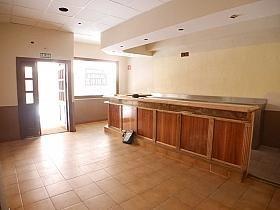 Local en alquiler en calle Buganvilla, Castilla en Madrid - 303853026