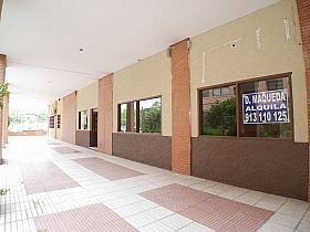 Local en alquiler en calle Buganvilla, Castilla en Madrid - 303853046