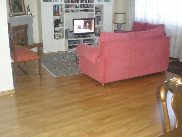 Casa adosada en alquiler en calle Italia, Zona Estación en Pozuelo de Alarcón - 86249592