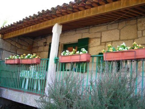 Casa en alquiler de temporada en calle Xeixo, Gondomar - 41088038