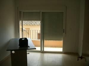 Piso en alquiler en calle , Benisanó - 81222653