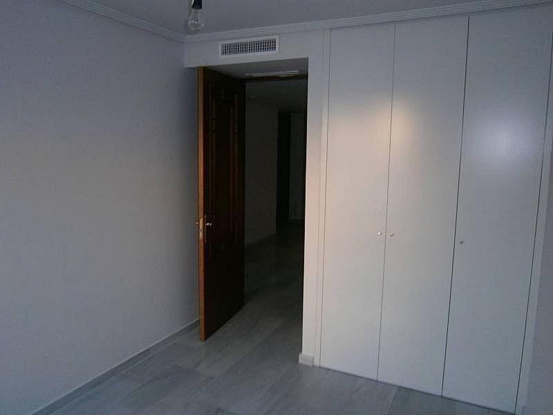 Foto - Piso en alquiler en calle El Pla del Remei, El Pla del Remei en Valencia - 276995267