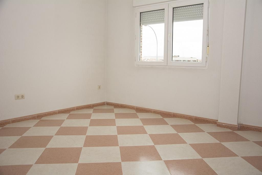 Comedor - Piso en alquiler en calle Castilla la Mancha, Valmojado - 273475738
