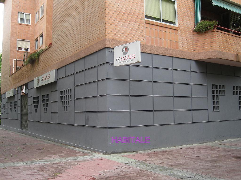 Local comercial en alquiler en calle Jose Luis Borau, Parque de los cineastas en Zaragoza - 277047753