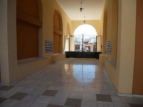 Piso en alquiler en calle Rafael Alberti, Brenes - 346950787