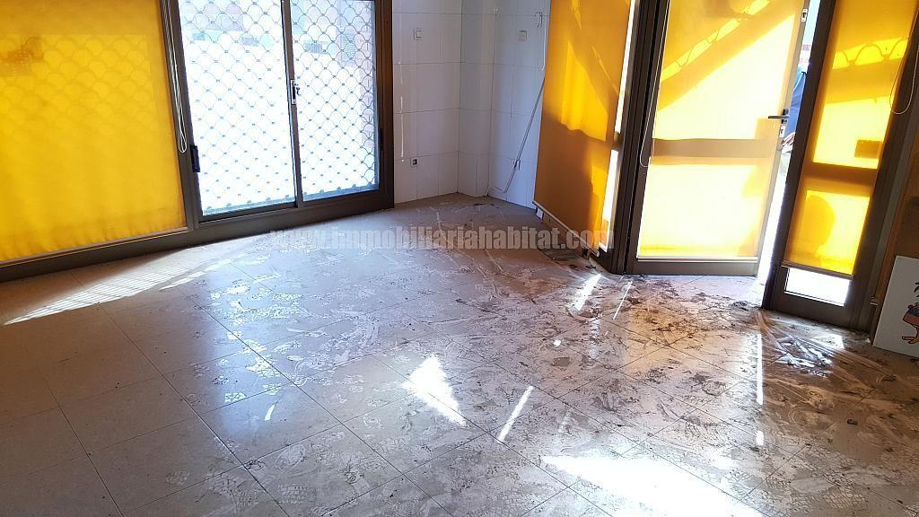 Local comercial en alquiler en calle Torres Jordi, Eixample Tarragona en Tarragona - 306436536