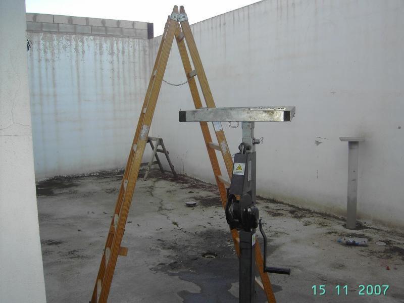 Nave industrial en alquiler en Gelves - 52610101