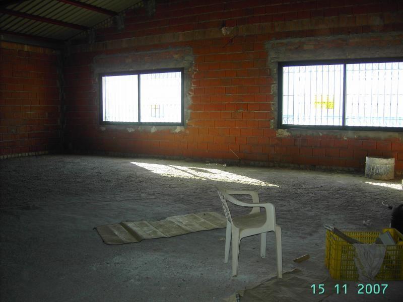 Nave industrial en alquiler en Gelves - 52610108