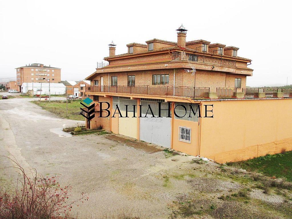 Casa en alquiler opción compra en calle Burgos, Aguilar de Campoo - 268236868