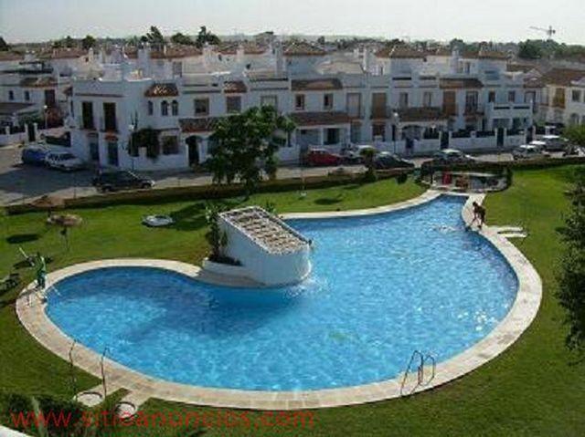 Apartamento en alquiler en urbanización Apartclub la Barrosa, El Lugar en Chiclana de la Frontera - 57542825