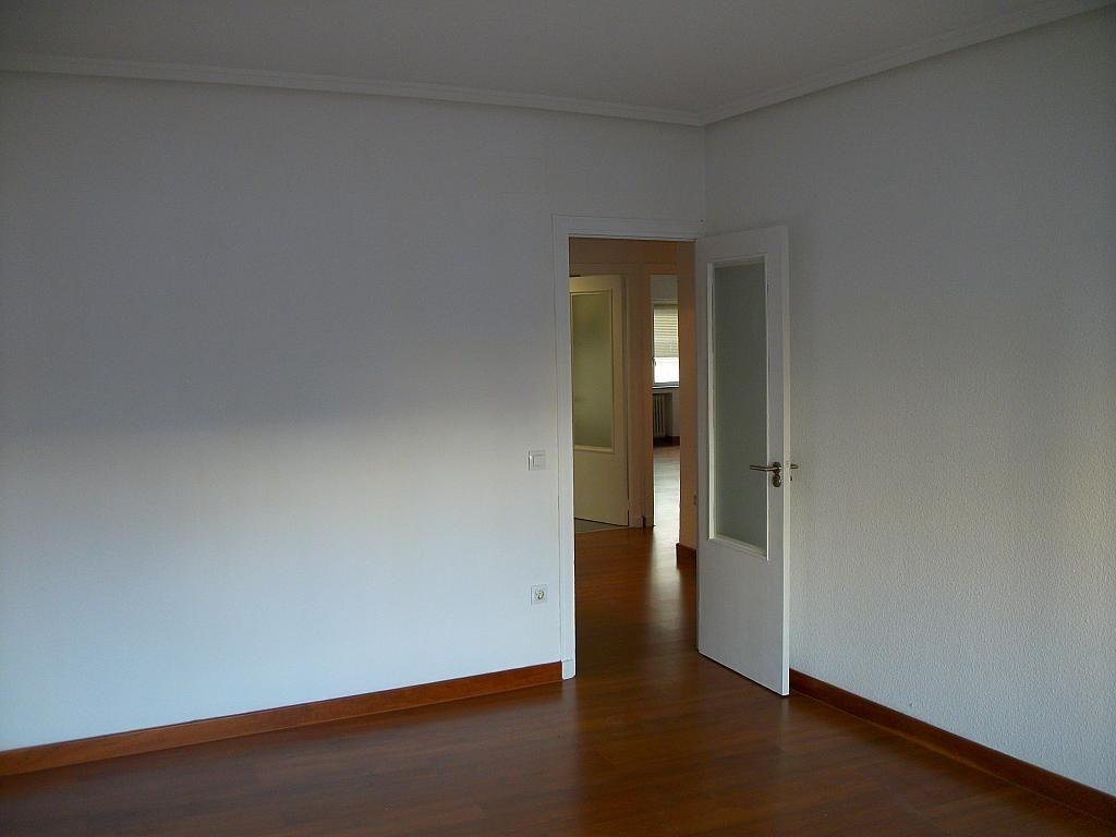 Piso en alquiler en calle Correhuela, Centro en Salamanca - 266037038