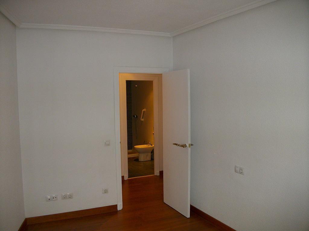 Piso en alquiler en calle Correhuela, Centro en Salamanca - 266039326
