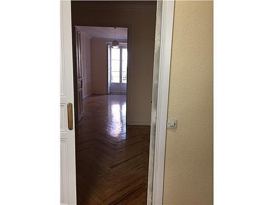 Oficina en alquiler en calle Del Pez, Universidad-Malasaña en Madrid - 283571488