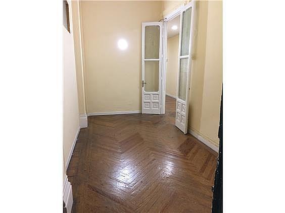 Oficina en alquiler en calle Pez, Universidad-Malasaña en Madrid - 347404934