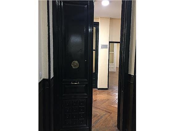 Oficina en alquiler en calle Pez, Universidad-Malasaña en Madrid - 347404943