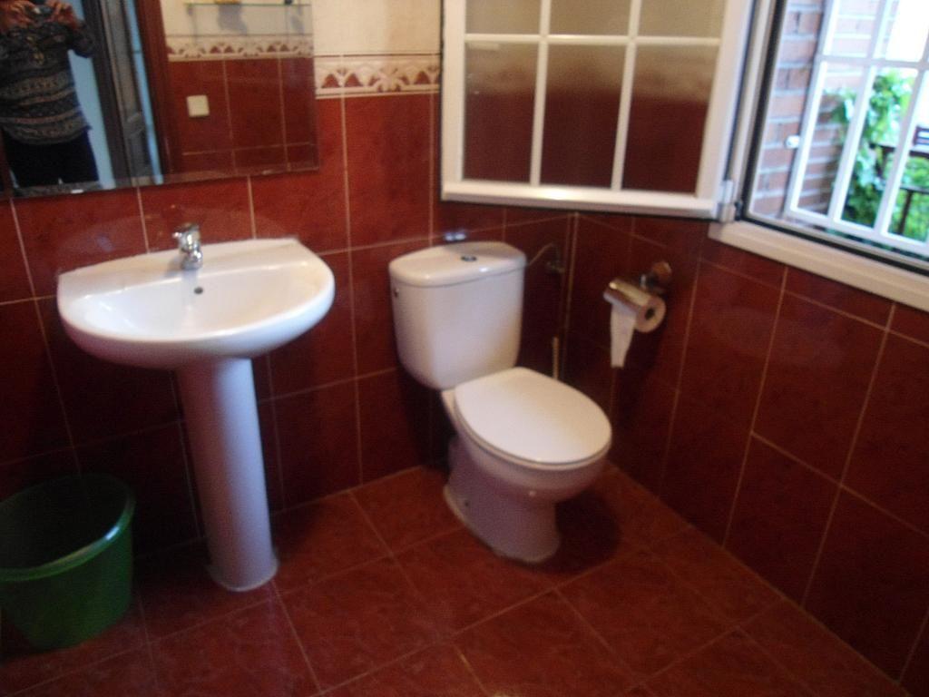 Casa pareada en alquiler en calle Avda Rioja, Zona Centro en Villanueva de la Cañada - 281137336