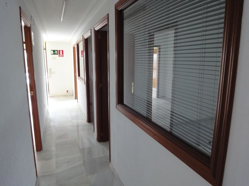 Detalles - Oficina en alquiler en Este - Alcosa - Torreblanca en Sevilla - 120730706