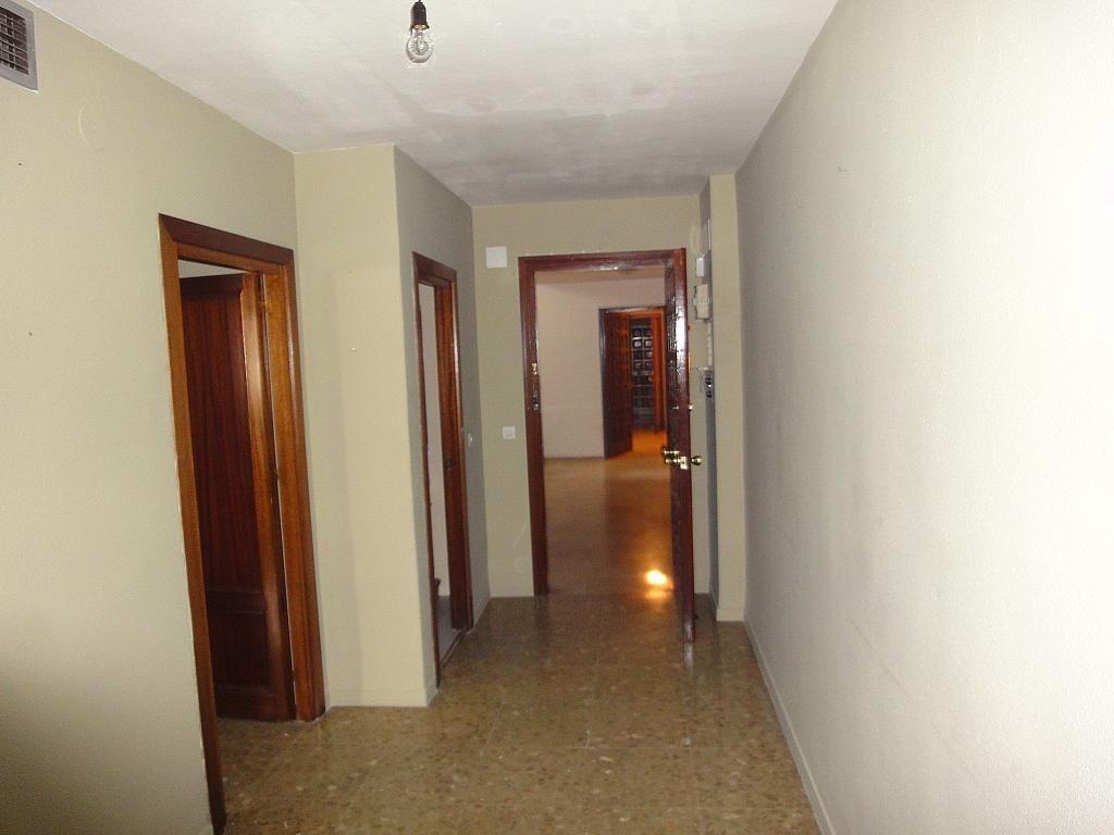 Oficina en alquiler en Los Remedios en Sevilla - 128839812