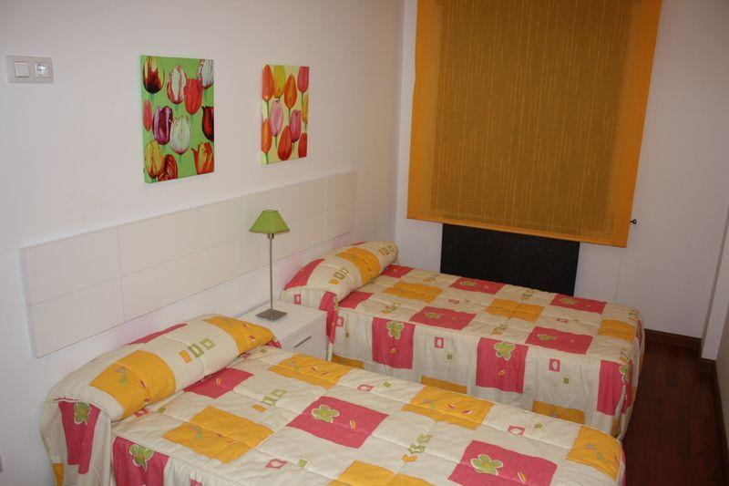 Dormitorio - Piso en alquiler en carretera Urbanizacion Alcala de la Selv, Alcalá de la Selva - 122934890