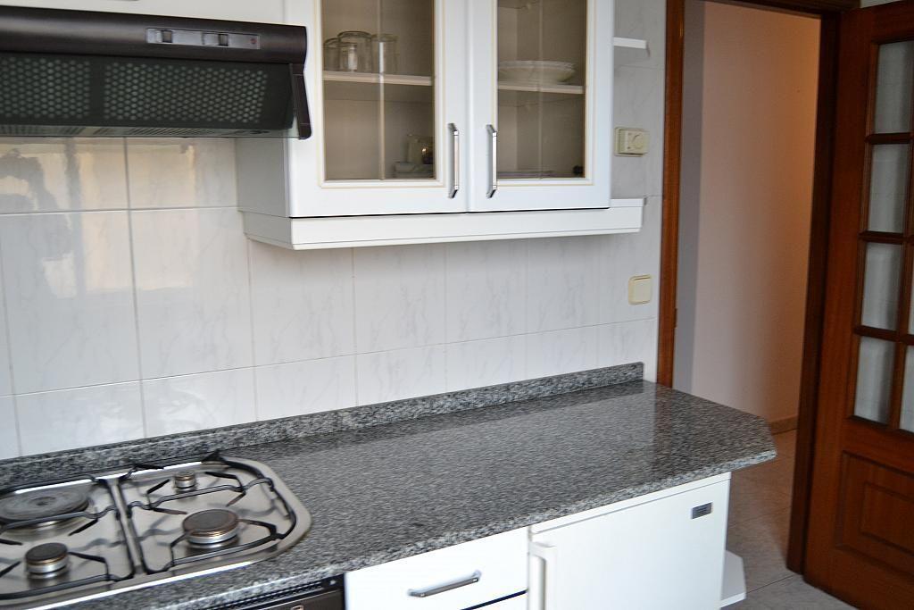 Piso en alquiler en calle Fontenova, Laracha (A) - 264439464