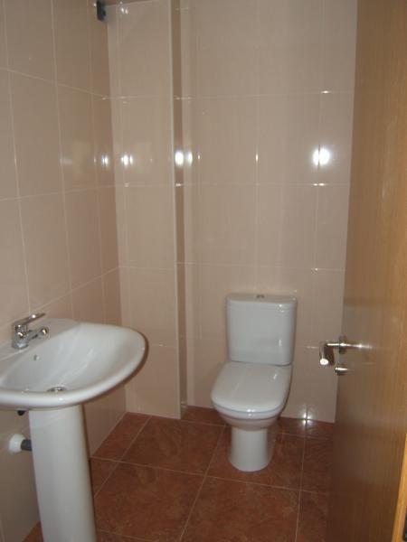 Baño - Local comercial en alquiler en calle Finisterre, Arteixo - 117103234