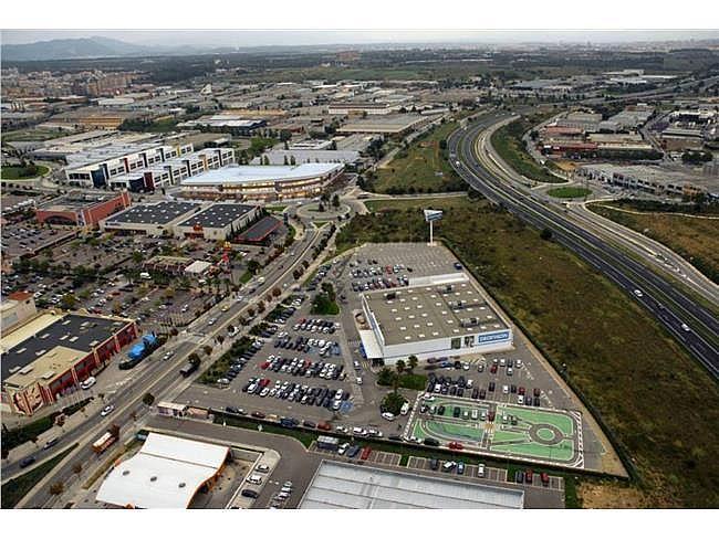Nave industrial en alquiler en calle Edifici, Les Fonts en Terrassa - 321560749