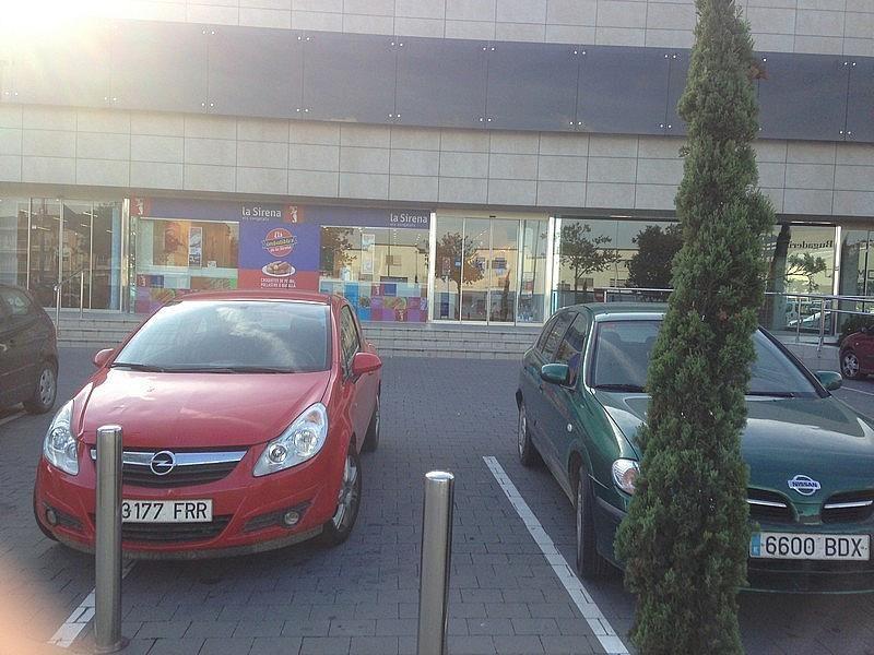Local comercial en alquiler en calle Josep Tarradellas, Bisbal d´Empordà, La - 157031231