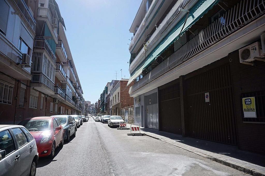 Local comercial en alquiler en calle Caunedo, San blas en Madrid - 358121772