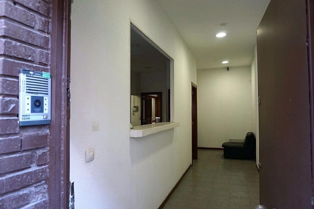 Local comercial en alquiler en calle Caunedo, San blas en Madrid - 358121775