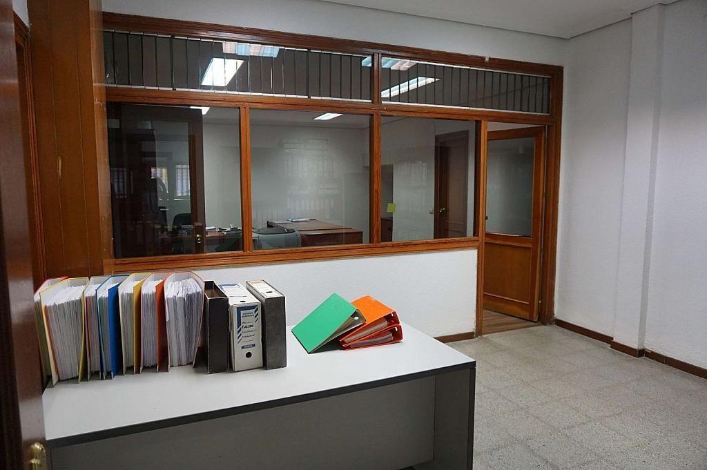 Local comercial en alquiler en calle Caunedo, San blas en Madrid - 358121808