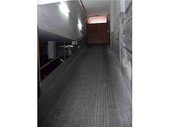 Parking en alquiler en calle Ruiz de Padron, Camp d´en Grassot en Barcelona - 217427395