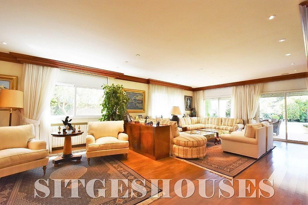 Salón - Casa en alquiler en calle Josep Planas I Robert, Terramar en Sitges - 263611506