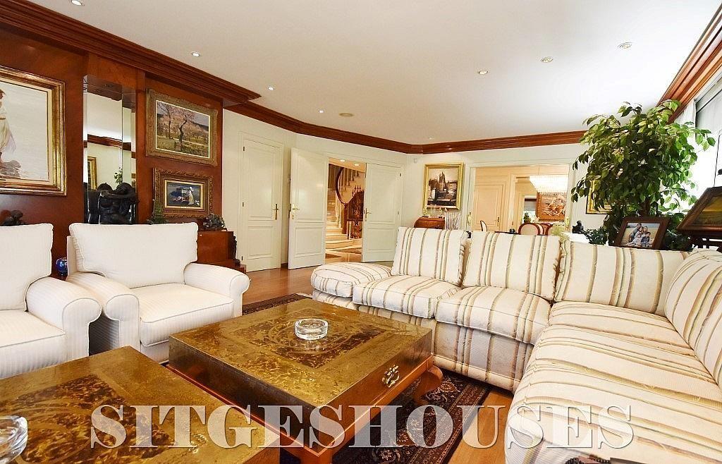 Salón - Casa en alquiler en calle Josep Planas I Robert, Terramar en Sitges - 263611517
