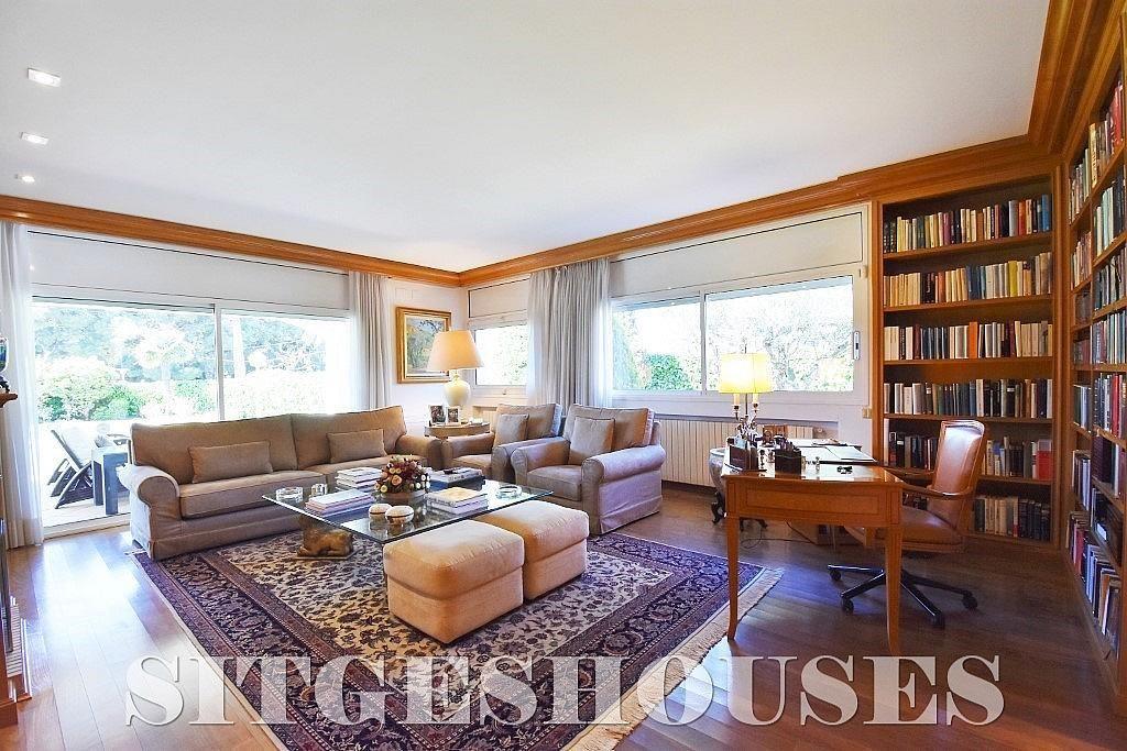 Salón - Casa en alquiler en calle Josep Planas I Robert, Terramar en Sitges - 263611531