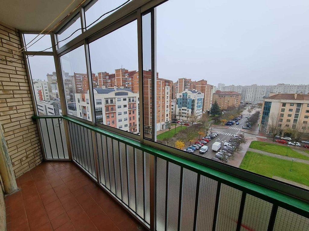 Piso en alquiler en Plaza España - Villa Pilar - R