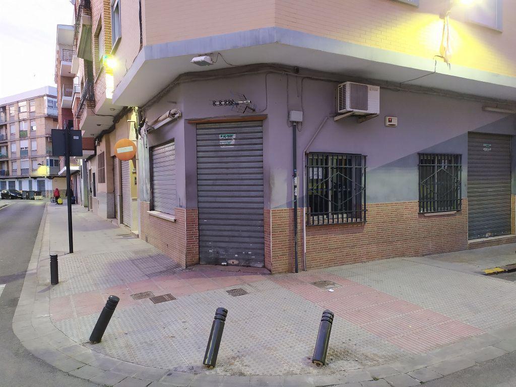 Local en alquiler en Zona Calle Valencia en Torren