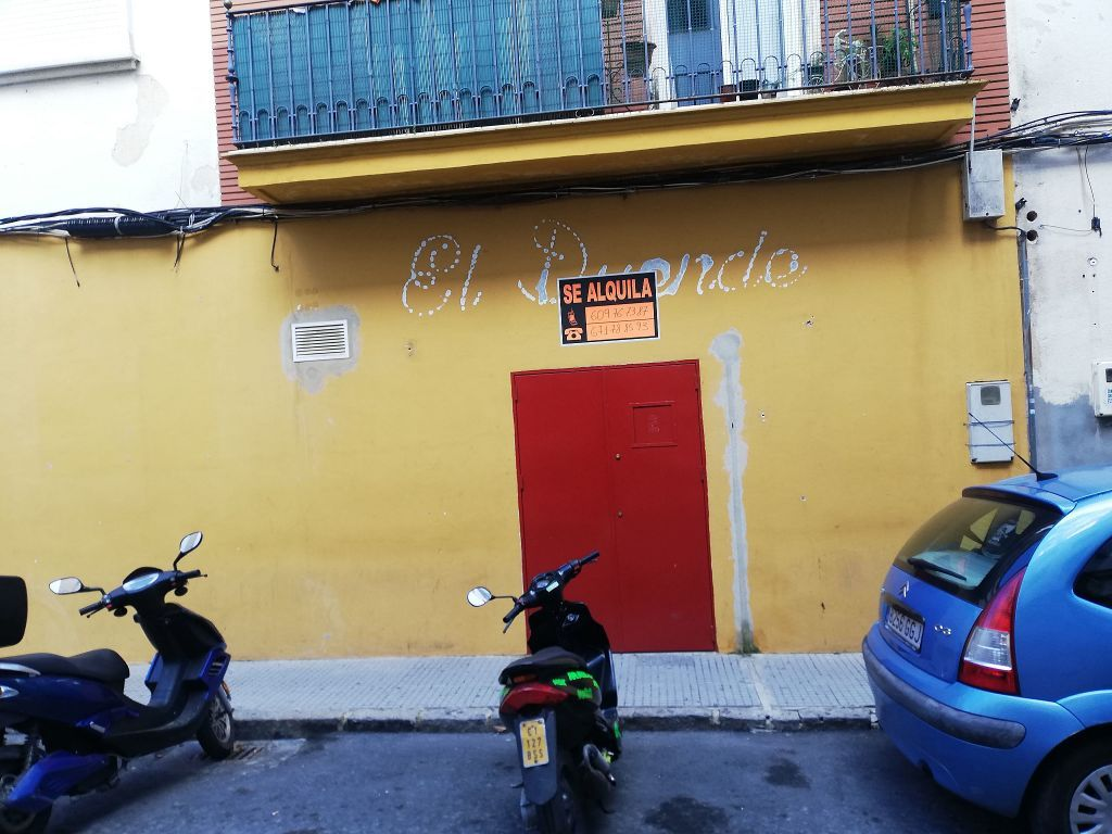 Almacén en alquiler en Viaplana en Huelva