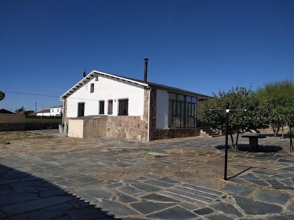 Casa en venta en Bernardos