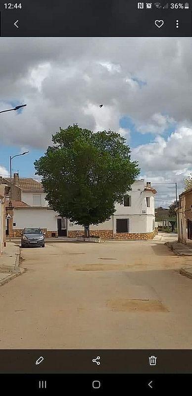Casa en venta en Pozorrubielos de la Mancha