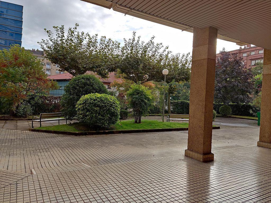 Apartamento en alquiler en Armentia - Ciudad Jardí