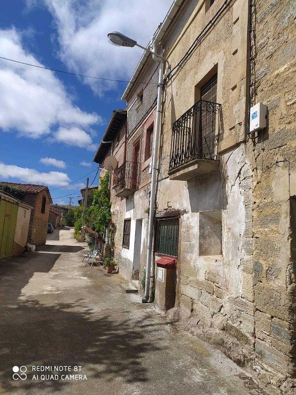 Casa pareada en venta en Bañuelos de Bureba