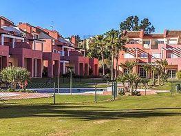 Casa adosada en venta en calle Sotogrande, San Roque - 300159304