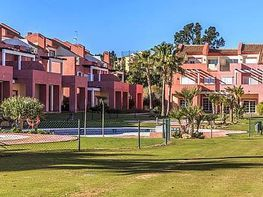 Casa adosada en venta en calle Sotogrande, San Roque - 300159364